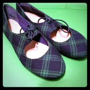 Modcloth plaid tie flats restricted 8 lace up shoe